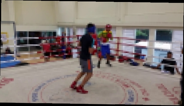 Coach Barry Robinson Directing Nick Frese Sparring with the Boxing National Team in Thailand Part 3